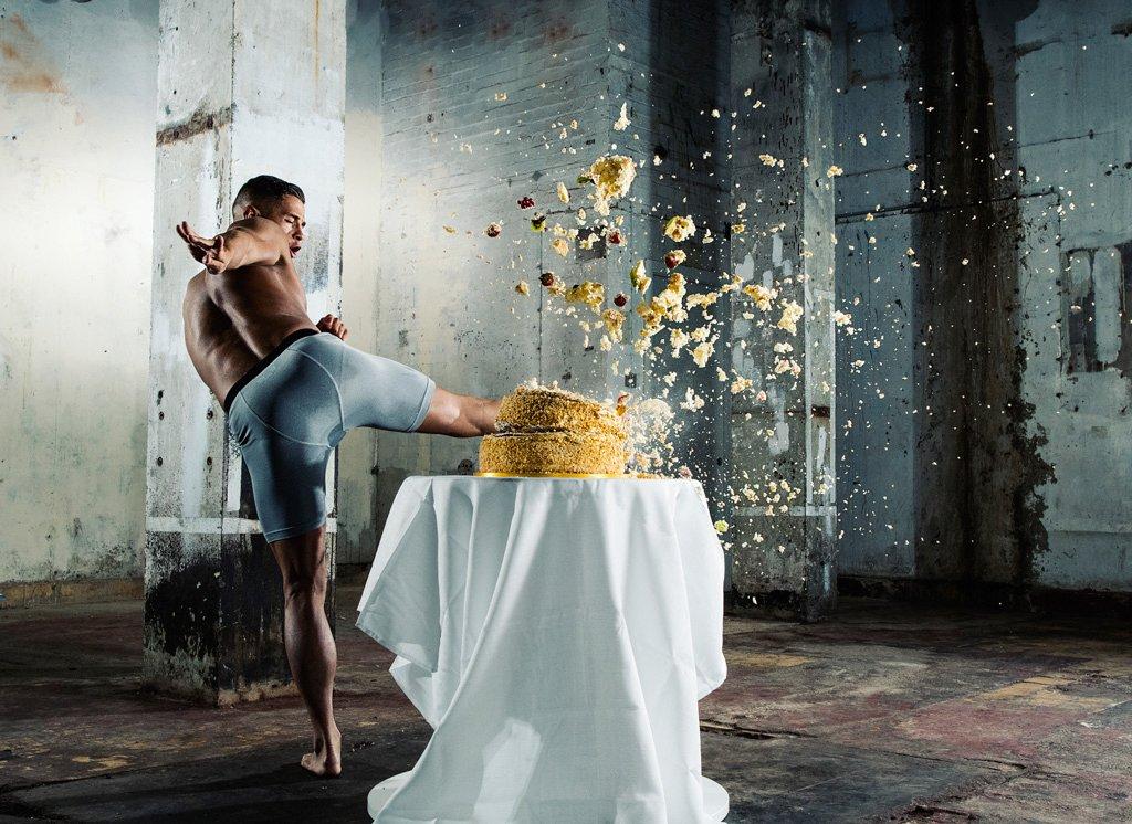 nikon_d500_camera_moment_of_impact_cake_02-original